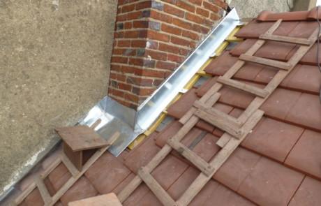 renovation toiture tuiles m caniques sur sens soutumier. Black Bedroom Furniture Sets. Home Design Ideas